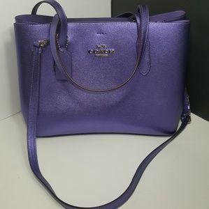 NEW!Authentic Coach Shoulder/Crossbody Bag
